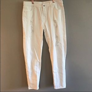 3/$15 Seed Heritage White Distressed Jeans